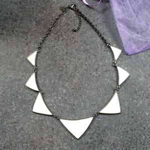 EXPRESS GEOMETRIC NECKLACE